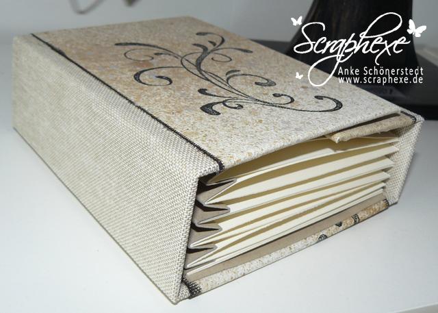 Minibuch_liegend